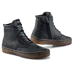 TCX DARTWOOD BOOTS WATERPROOF BLACK